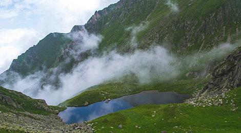 Южные Карпаты. Поход в Румынии. Румынские Карпаты. Поход по Румынским Карпатам. Озеро Подрагу